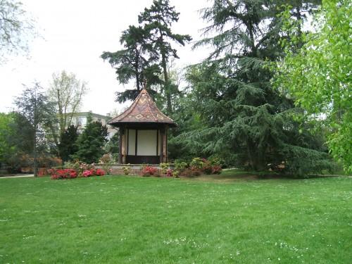 Le manège du Parc.JPG