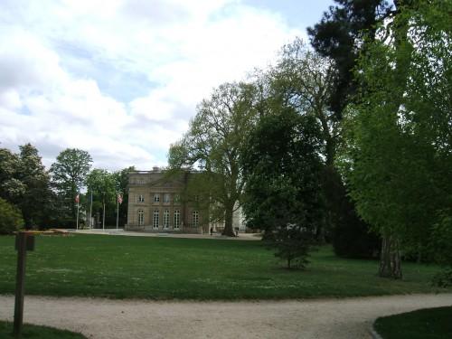 Mairie vue du Parc.JPG
